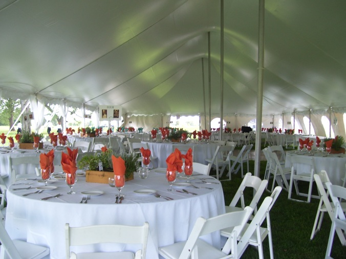 tented-wedding-at-cb